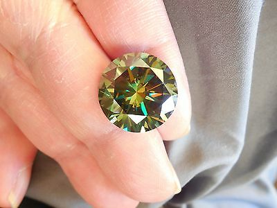 17.56 CT VS1 17.13 mm Fiery Greenish Blue Color Round Loose Moissanite