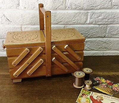 Vintage Style 32cm Wooden Cantilever/Extending 3Tier 5 Section Sewing/Craft Box