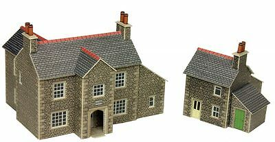 Metcalfe PN150 N Scale Manor Farm