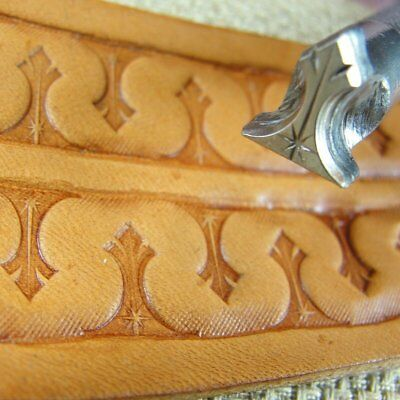 James Linnell - Shining Light Meandering Border Stamp (Leather Stamping Tool)