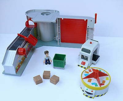 Postman Pat Sorting Office With Converbelt