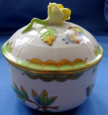 Herend Queen Victoria VBO lidded sugar bowl