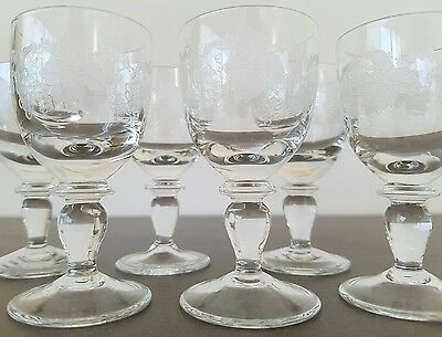 VINTAGE - 6 x GRAPE VINE ETCHED CRYSTAL PETITE SHERRY GLASSES  7.5cm - AS NEW