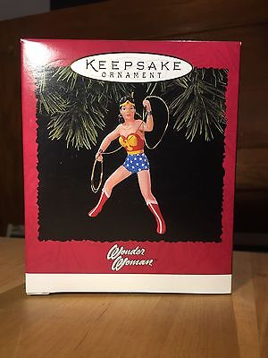 "1996 Hallmark Keepsake Ornament ""wonder Woman"" Qx5941 New In Box"