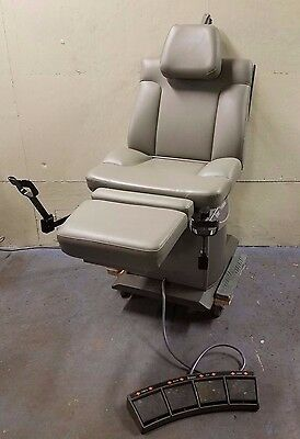 Midmark Ritter 75 Evolution Model 119-014 Powered Procedure Exam Chair