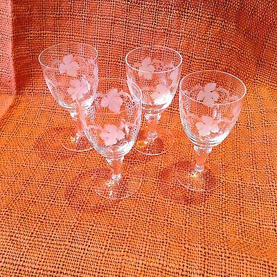 Vintage Crystal Hand Etched Grapevine Design Sherry Glasses: 4 Pieces