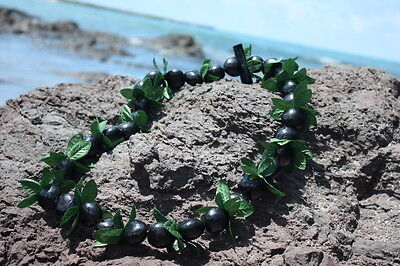 Large Kukui with 3-Point Leaf Black/Green - Silk Hawaiian Leis