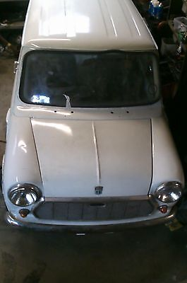 mini van Austin Morris -all hard work done -easy project -can Mot-can deliver