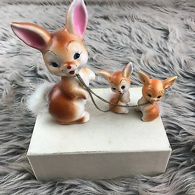 Vtg Enesco Ceramic Figurine Set Mother Rabbit Babies Bunnies Metal Chain Japan
