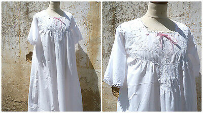 Antique French 1900s Edwardian white cotton nightgown handmade embroideries