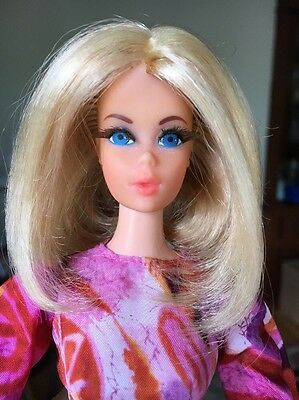 Vintage 1971 Mod Live Action On Stage Barbie Doll w/ Original Outfit