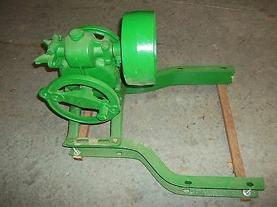 John Deere-Dain Pump Jack with John Deere Channels