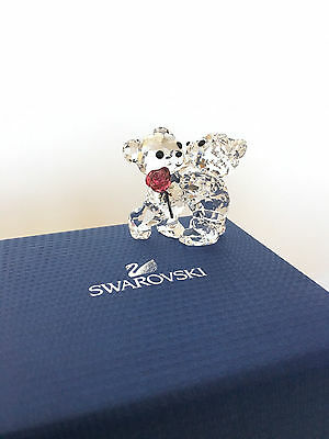 Swarovski Mint Condition Kris Bear A Rose For You Retired Figurine 5076625