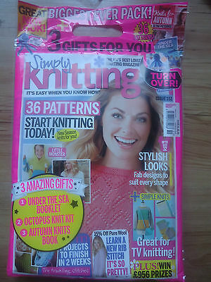 Simply Knitting Magazine Issue 151 With Free Gifts RRP £6.99