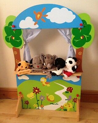Puppet Theatre And 5 Glove Puppets Sooty And Sweep