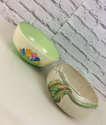 Pair Of Crocus And Newport Clarice Cliff Art Deco Fruit Bowls.