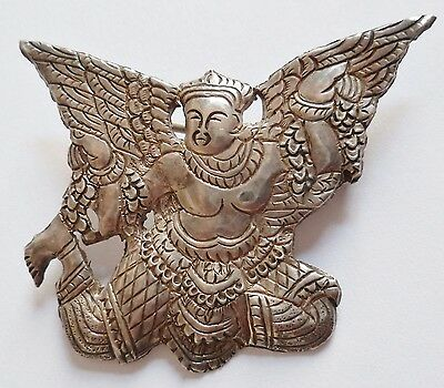 Insigne Armée de l'Air INDOCHINE AIR CAMBOGE KHMER AIR FORCE locale argent 1950s