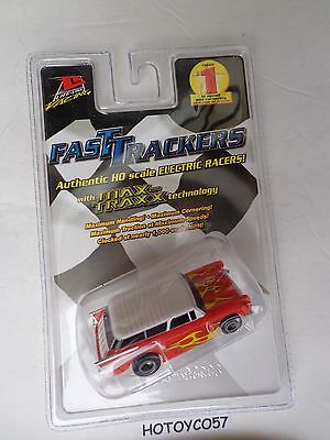 Life-Like Chevy Nomad Red & White w/Lighting Stripes Fast Tracker NEW !!