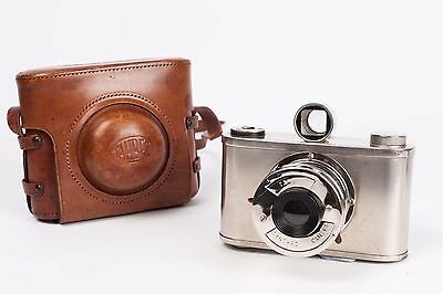Tahbes Synchro camera - 1948 -VERY RARE