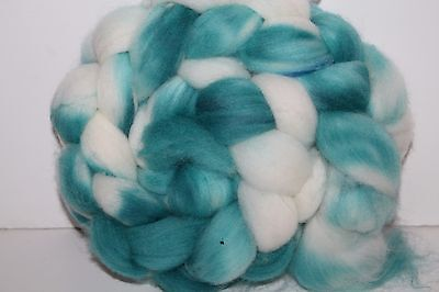 Kettle Dyed Falkland Wool top.  Easy to Spin Roving. 4oz Braid. Spin/Felt. F192