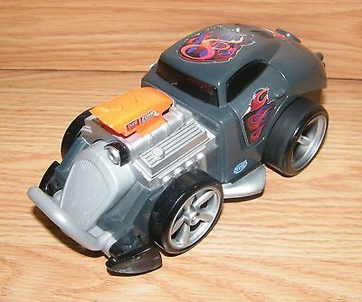 Mattel (L3777) Battery Operated Fisher-Price Shake and Go Racers Crash-Up Car