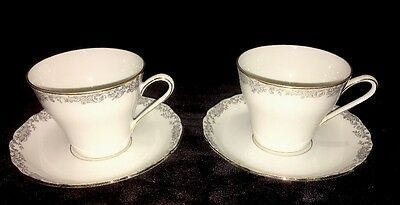 2 Hutschenreuther Hohenberg Cup and Saucer Sets Germany 1814 CM