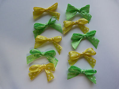 30 x small  bows green yellow polka dot