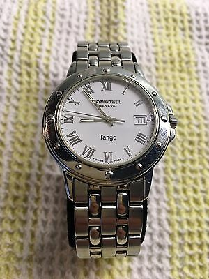 Stainless steel Raymond Weil Tango 5560 White Dial date Watch. Wrist size 7.30