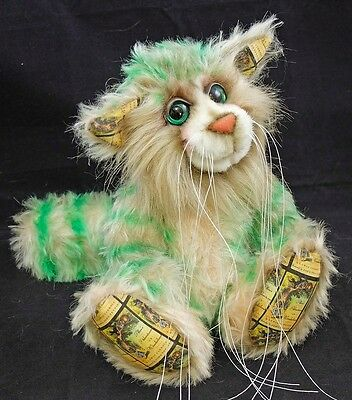 The Cheshire Cat an Alice in Wonderland Artist Bear by Bears of Bath 9 inches