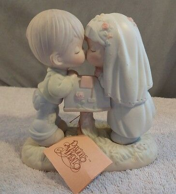"""Precious Moments Bride & Groom, """"Sealed with a Kiss"""" 1992 #524441, tags, no box"""