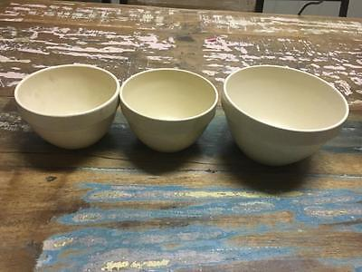 Vintage Set Of Four Mixing Bowls - Romania - Fabulous - Collectable