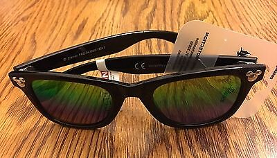 Disney Mickey Icon Black Adult / Teen Sunglasses New with Tags