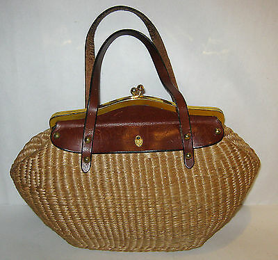 Vintage 1960/70s PALM WEAVED LEATHER LINED HANDBAG w/ Metal Clasp