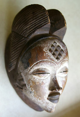 Punu Mask In The Classical Motif, Good Condition