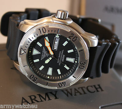 Professional diving watch 50 atm Seiko Epson VX43 weekday date C1-Light Rubber