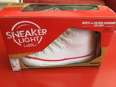 Sneaker Light.