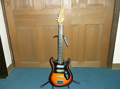 Harmony H-802 Electric Guitar