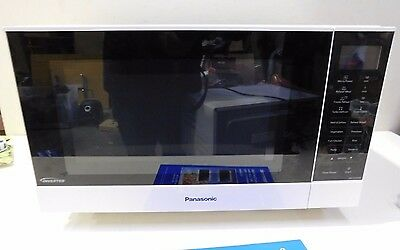 Panasonic 1000W 27L Flatbed Microwave Oven - NN-SF550W