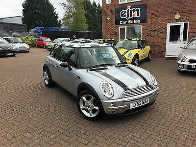 2002 Mini Cooper Silver **low Miles, 1 Owner**
