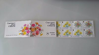 Guernsey stamp booklet 1992 £1.45 Flowers SB45 Mint
