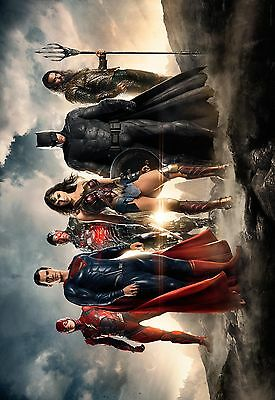 THE JUSTICE LEAGUE TEAM FRONT 11x17 MINI MOVIE COLLECTIBLE POSTER
