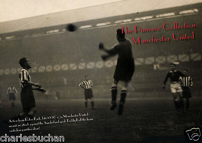 (Pinnace) - New Rare Football Book - Manchester United In The 1920's