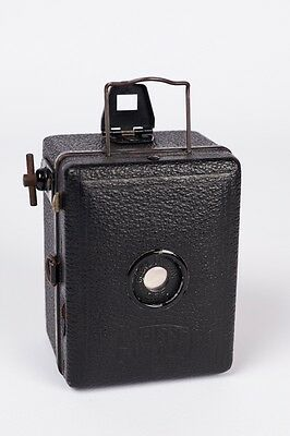 Zeiss Ikon Baby Box Tengor 54/18.  early model