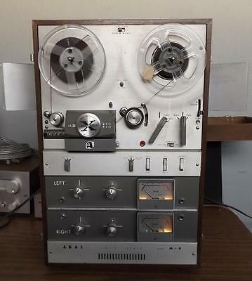 Akai M-9 Reel to Reel Cross Field Head 4 Track Stereophonic Tape Recorder M9
