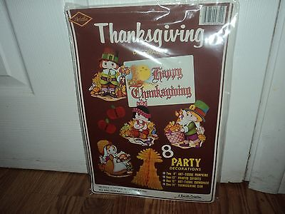 VTG Beistle 8 Piece Thanksgiving Pilgrim Girl Boy  Decorations Set Cute New 1979