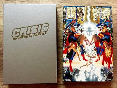 DC Comics CRISIS ON INFINITE EARTHS Limited Edition HARDCOVER Slipcase Set 1998