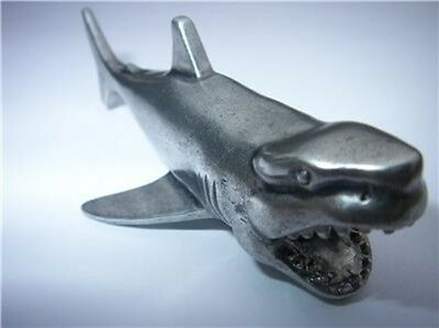 Shark Figurine Heavy Hand Protector Card Guard Poker Metal NEW