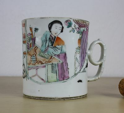 CHINESE porcelain tankard/cup 19/20 th c. famille rose elegant lady