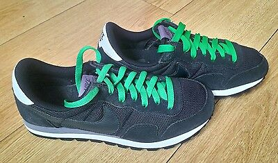 Nike Air Trainers ,Size  UK 6 (Very Good Condition).