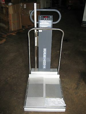 Scale-Tronix Model 6002 Portable Weight Scale (Wheelchair capable)